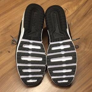 Nike Shoes - NWOT Nike AirMax Fitsole Shoes
